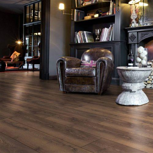 ML1022 Residence LAKE OAK BROWN komin strona 500x500 - Panele podłogowe ML1022 Lake Oak Brown | Residence 10 mm AC5 | My Floor